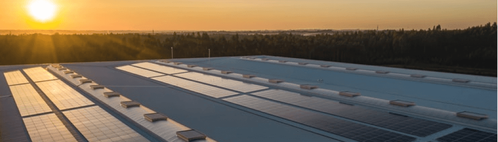 Usage of renewable electricity with solar arrays